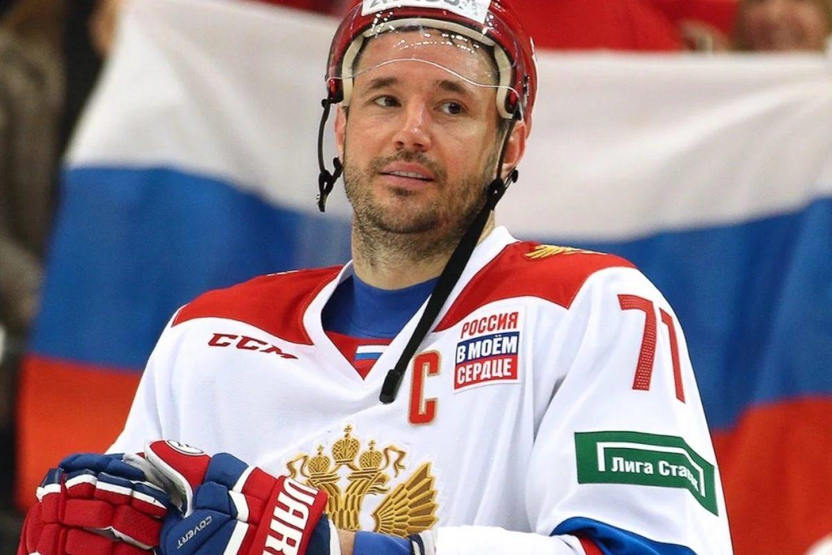 https://tverisport.ru/wp-content/uploads/2020/06/Ilya-Kovalchuk-foto-1200x800.jpg